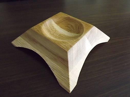 Popolník z dreva