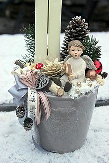 Dekorácie - svietnik s anjelikom - 7595547_