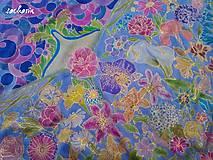 - V kvetinovom opojení-hodvábna maľovaná šatka - 7594460_