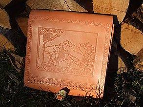 Veľké tašky - Kožená kapsa - poľovnícky motív - 7597764_