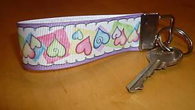 Kľúčenky - kľúčenka - srdiečka - 7600585_