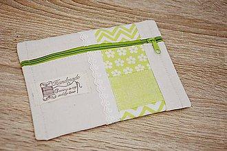 Taštičky - Zelená taštička s čipkou - 7599503_