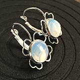- Simple Elegant Flower Opalite Earrings / Náušnice s kvietkom - 7601816_