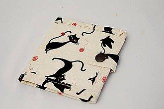 Peňaženky - Malá detská peňaženka s čiernymi mačičkami - 7601262_