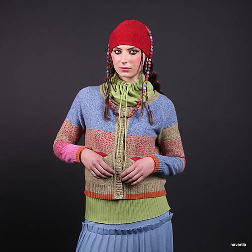 DILMAH-pestrý svetr s kapsami a tibetským vzorem