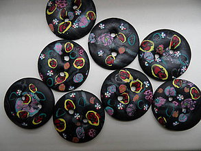 Materiál ručne robený - veľké gombíky - 7606080_