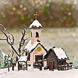 Dedinka v údolí - adventný svietnik
