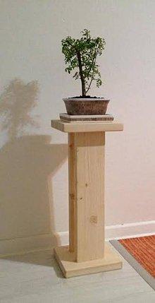 Dekorácie - Drevený stojan na kvety-retro - 7613438_