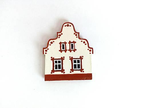 Maľovaný domček-červený