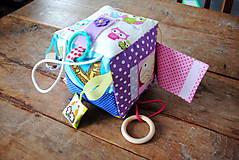 Hračky - Veľká montessori kocka dievčatko - 7625675_