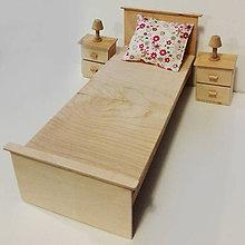 Hračky - Drevená posteľ pre Barbie - 7628243_