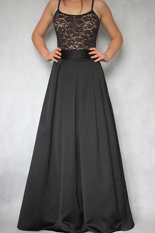 Spoločenská skladaná sukňa s tylovou spodničkou rôzne farby   Dyona ... 4990278fe86