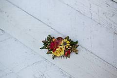 - Výpredaj z 15 eur Kvetinový hrebienok