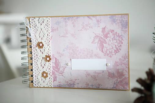Kniha hostí / fotoalbum ružová