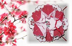 Úžitkový textil - Vyšívaný obrus na kraslice - 7632135_