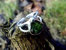 Prstene - cínovaný prsteň s Olivínom - 7635785_