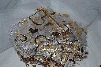 Obalový materiál - Organzové vrecúška so zlatými srdiečkami - 7635528_