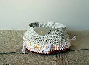 Košíky - žltý krížik - 7640398_