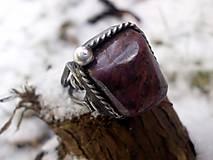 Prstene - cínovaný prsteň s Rubínom - 7640087_