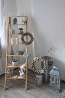 Nábytok - rebrík/stojan na kvety, dekorácie 1 - 7645777_