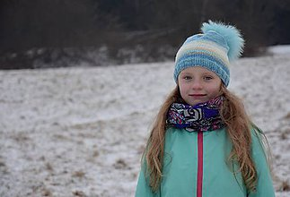 Detské čiapky - Melírovaná pletená čiapka s kožušinovým brmbolcom - 7646348_