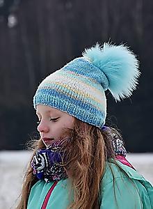 Detské čiapky - Melírovaná pletená čiapka s kožušinovým brmbolcom - 7646349_