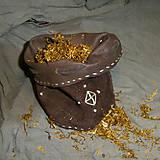 Vrecúško tabakové hnedé