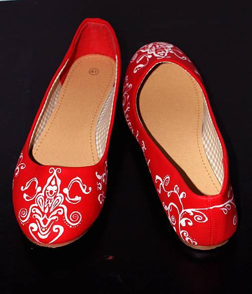 svadobné balerínky - red ornament