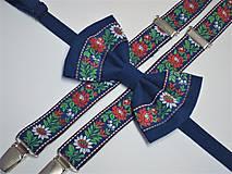 Pánsky modrý folkový motýlik a traky