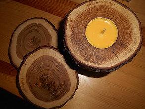 Svietidlá a sviečky - dubový svietnik + drevené podšálky - 7654506_