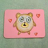 Papiernictvo - Farebná oblá zvieracia valentínska pohľadnica - macko - 7654215_