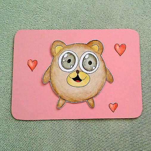 Farebná oblá zvieracia valentínska pohľadnica - macko