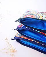 Taštičky - Kozmetická taštička malá - mandaly so sýto-modrou - 7657243_