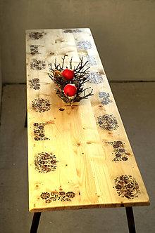 Nábytok - Vyšívaný stôl - ľudová jedáleň - 7658750_