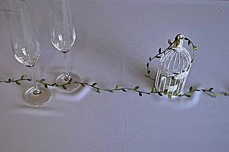 Iné doplnky - svadba vo farbe roka-lístková girlanda - 7658734_