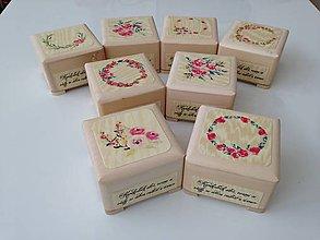 Krabičky - šperkovnica alebo ruženkovnica na ruženec - 7664317_