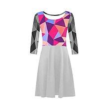 Šaty - Šaty s dizajn trojuholníkmi / Autorský model - 7663422_