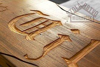 Tabuľky - Drevená tabuľa s vyrezávaným nápisom na zákazku - 7665612_