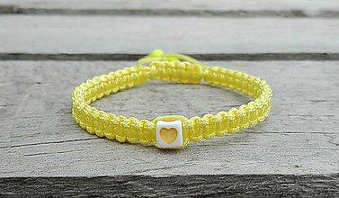 Náramky - Náramok so srdiečkom (žltý) - 7667336_