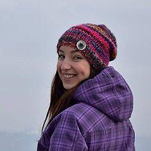 Čiapky - Pletená farebná čiapka s panenskou vlnou - 7671443_