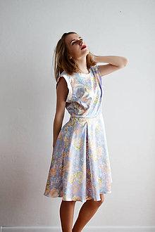 Šaty - Saténové šaty s utajeným kvetinovým vzorom- zľava - 7670334_