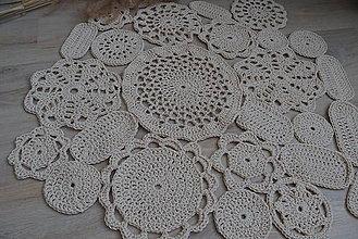 Úžitkový textil - háčkovaný koberec - 7674294_