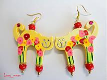 Náušnice - Náušničky mačičky žlté s kvetinkami :) - 7674362_