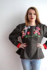 Kabáty - Bundička s bohatou výšivkou fauny a flóry - 7677346_