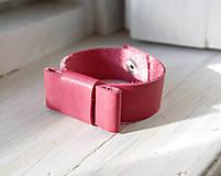 Náramky - Kožený náramok - 7679368_