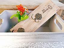 Nábytok - Vešiak na kľúče hnedý - 7678663_