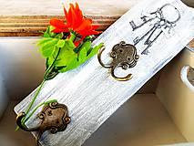 Nábytok - Vešiak na kľúče - 7678694_