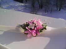 """Náramky - Kvetinový náramok """"Lupienky kvetov..."""" - 7678993_"""