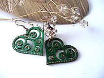 Náušnice - zelené srdiečka-ornamentové - 7680670_