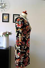 Šaty - Úpletové šaty kvetované - 7681299_